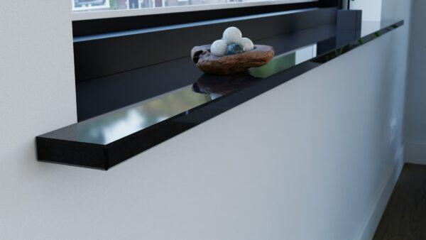 Steenbok-natuursteen-vensterbank-graniet-absolute-black-zwart-gepolijst-hoek-eruit-sfeerbeeld